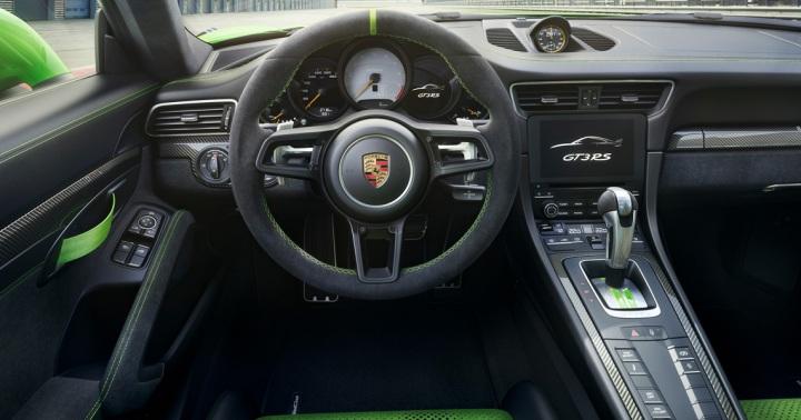 2019 Porsche 911 GTS RS