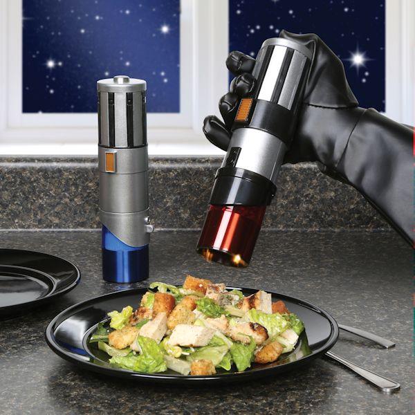 Star-Wars-Salt-pepper-grinder.jpg
