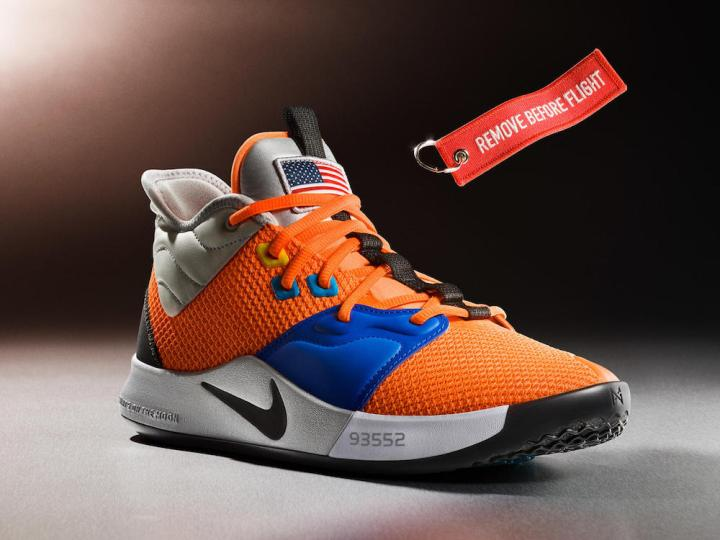 18-420_nike_paul_george_3_details_04-01_native_1600